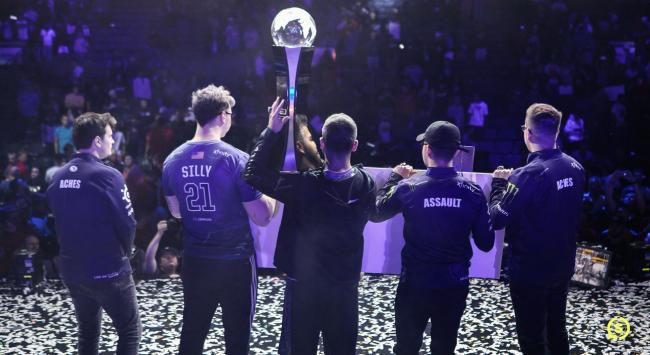 Evil Geniuses win the CWL Champs