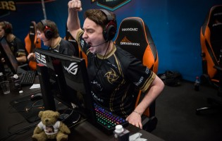 Underdogs prevail on final day of group stage at DreamHack