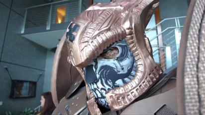 Gears of War - Epic Games Studio Visited by Cosplayers