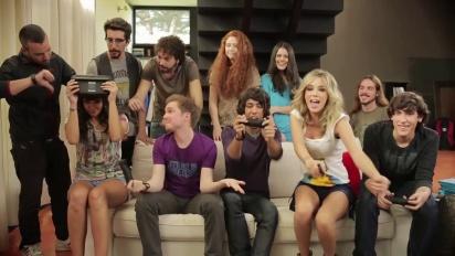 Nintendo Land - Cristina Pedroche y Anna Simón se pican a Mario a la Fuga